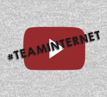 Team Internet! by Dominique Demetz