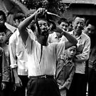 Crowd pleaser, China, 1982 by John Spies