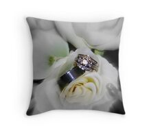 wedding flowers and rings Throw Pillow