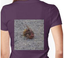 A dying hornet n°2 Womens Fitted T-Shirt