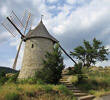 Old Windmill, Cucugnan, France by jacqi