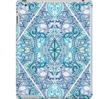Blue and Teal Diamond Doodle Pattern iPad Case/Skin