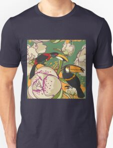 Seamless floral background with peonies bird toucan T-Shirt
