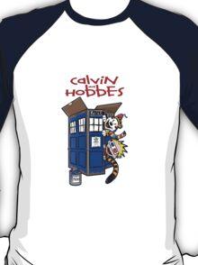 Calvin And Hobbes Tatdis dr Who T-Shirt