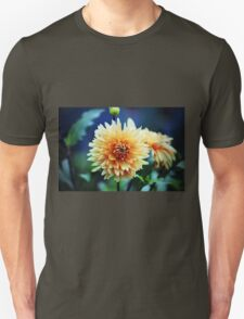 Dahlia Beauty T-Shirt