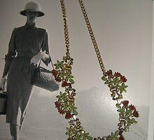 Vintage 1940's Necklace by Sazfab