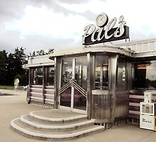 Pal's Diner, Grande Rapids, Michigan by gailrush