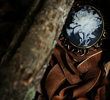 Amulet by VisualZoo
