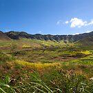 Hanahaiki Valley by kevin smith  skystudiohawaii