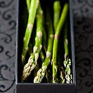 Asparagus in a box by Ilva Beretta
