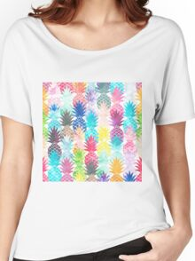 Hawaiian Pineapple Pattern Tropical Watercolor Women's Relaxed Fit T-Shirt