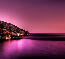 Manarola at dusk by Roberto Pagani