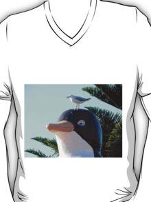 Startled Penguin, Penguin, Tasmania, Australia. T-Shirt