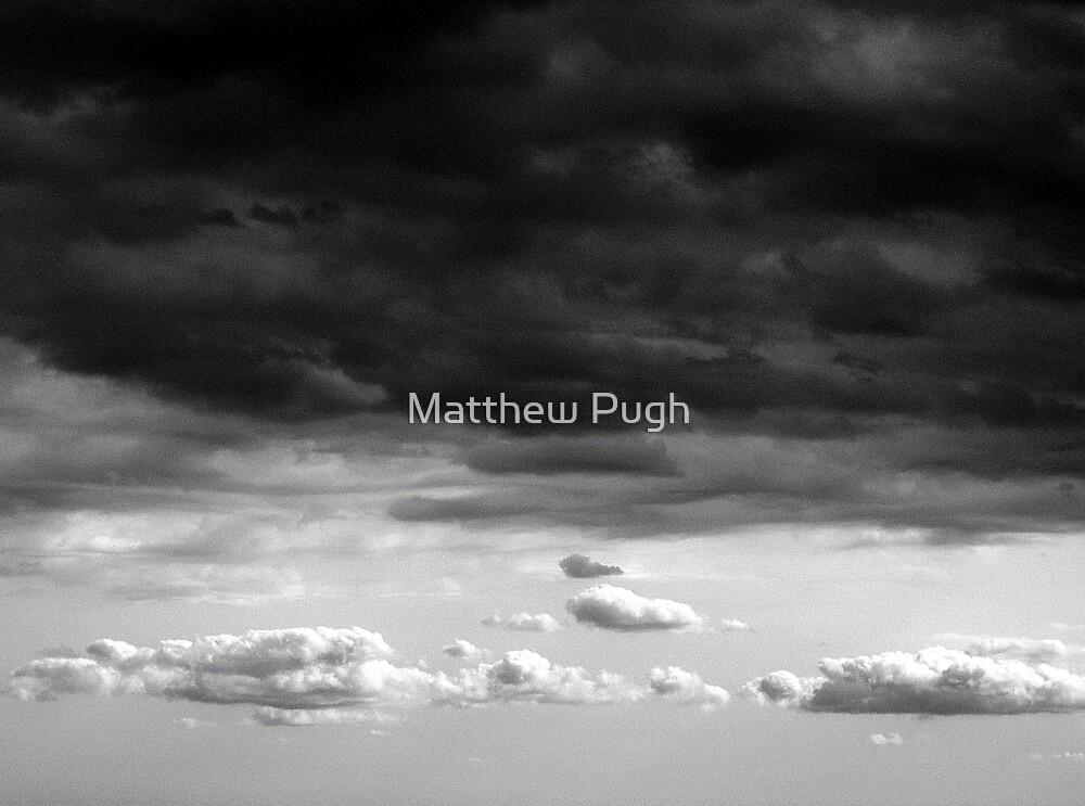 Approaching storm by Matthew Pugh