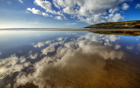 Mirror Beach by Mark Robson