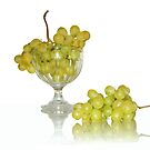 Cup of white grape by KERES Jasminka