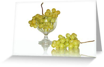 Cup of white grape by KERES Jasminka
