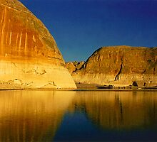 Lake Powell Dawn by Alison Badgery
