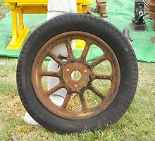 Old Rusty Wheel by leanimal
