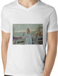 Helping Mum Mens V-Neck T-Shirt