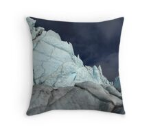 Squiggle wall in midnight sun Throw Pillow