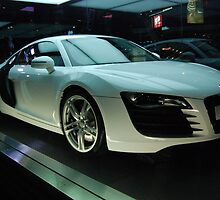 Audi R8 by strippingfaeries