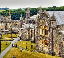St David's Cathedral by missmoneypenny