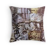 Elephant war Throw Pillow