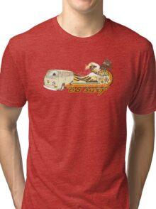 Volkswagen Kombi Tee shirt - 68 Surf Tri-blend T-Shirt