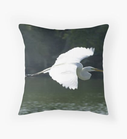 Great White Heron in flight Throw Pillow