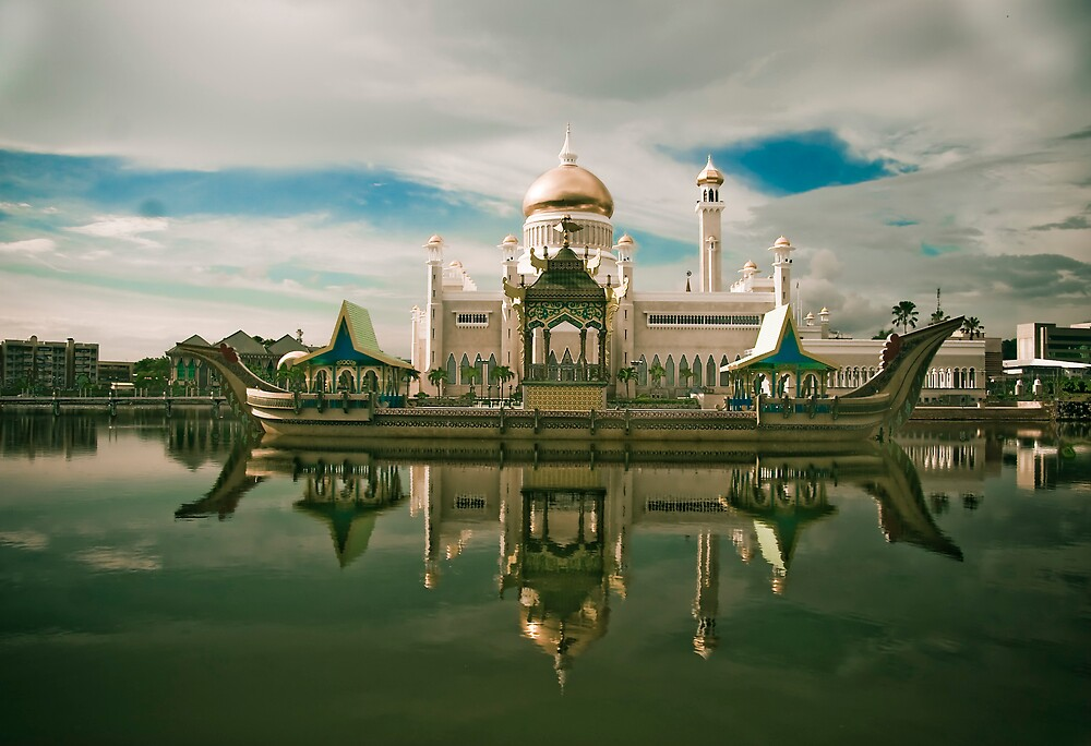 Omar Ali Saifuddin Mosque - Brunei Darussalam - Bandar Seri Bagwan by Trishy