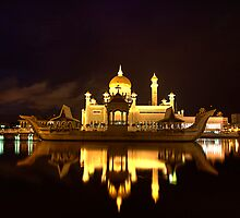 Omar Ali Saifuddin Mosque - Night View Brunei Darussalam - Bandar Seri Bagwan by Trishy