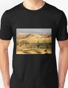 On The Road to Gundagai, NSW, Australia. Unisex T-Shirt