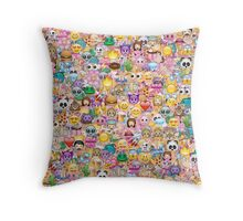 happy emoji pattern Throw Pillow
