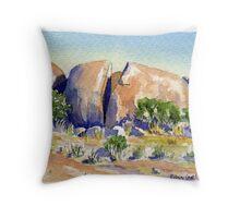 Split Rock,Kookynie.Western Australia Throw Pillow