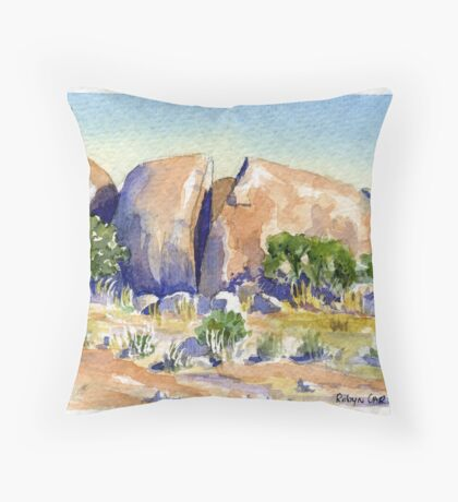 Split Rock,Kookynie.Western Australia Throw Pillow