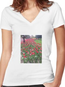 Tuesday Tulips Women's Fitted V-Neck T-Shirt