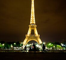 Tour Eiffel by SamHough