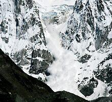 Massive Ice Avalanche by Richard Heath