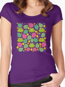 Frog Pattern Women's Fitted Scoop T-Shirt