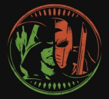 Arrow Deathstroke t shirt, pillow cover & more by akudchi93
