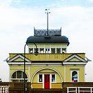 St Kilda Pier Kiosk by Jazzyjane