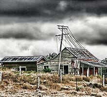 Abandon Farm House  by Veilstreasures