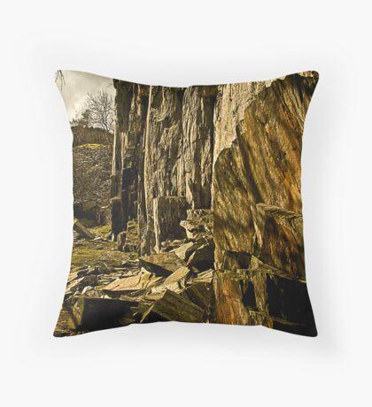 slate quarry Throw Pillow