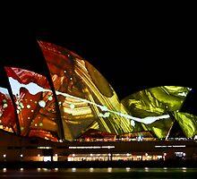 Lighting up the sails - Sydney Opera House by samkoh