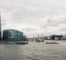 A view of Thames by frommyhorizon