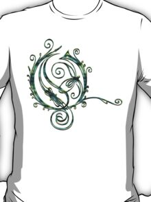 LATTICE LETTER O - aquarius T-Shirt
