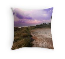 Si fa sera... Throw Pillow