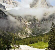 Die Zugspitze - gesehen aus dem Höllental by Michael Rogulla