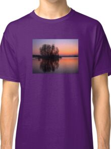 reflection sunset Classic T-Shirt